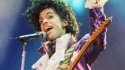 """altText(La historia detrás de """"Born 2 Die"""", una canción inédita de Prince)}"""