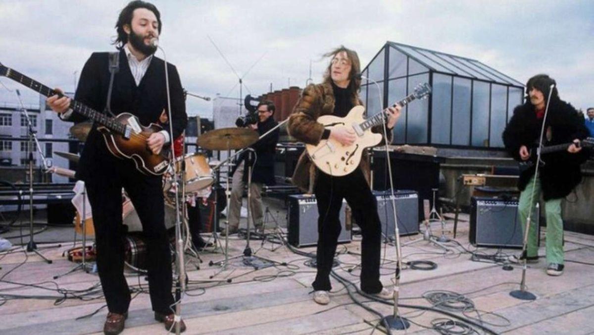 """Peter Jackson cree que el documental de Los Beatles que dirigió va a sorprender: """"Es lo que sucede detrás de la música"""""""
